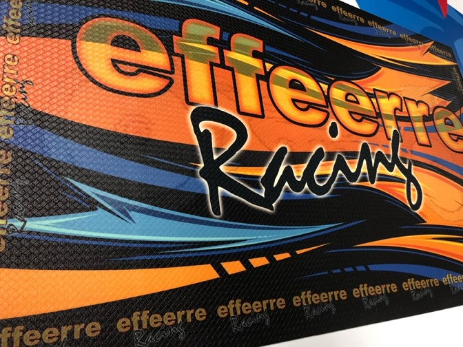 PTMT-FR2 Effe Erre Racing Nuovo Tappetino PIT MAT con Logo Effe Erre Racing 100 x 60 cm (1)
