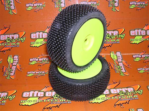SMDOMXHARD Schepis Model Gomme Incollate su Cerchi x Off-Road 1/8 DOMINATOR X-HARD