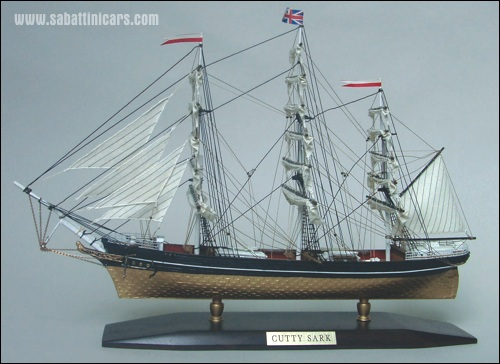 TH5403 Cutty Sark Veliero 430x130x280mm.